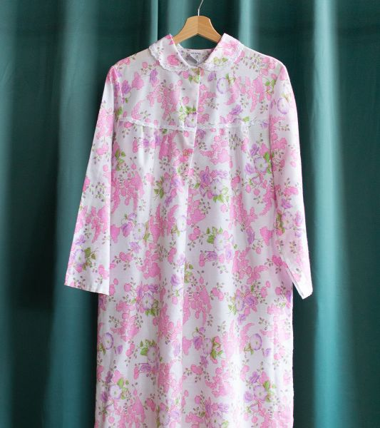 Vintage floral pink dress with Claudine collar