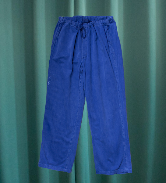 Work trousers with chevron pattern and tie at the waist