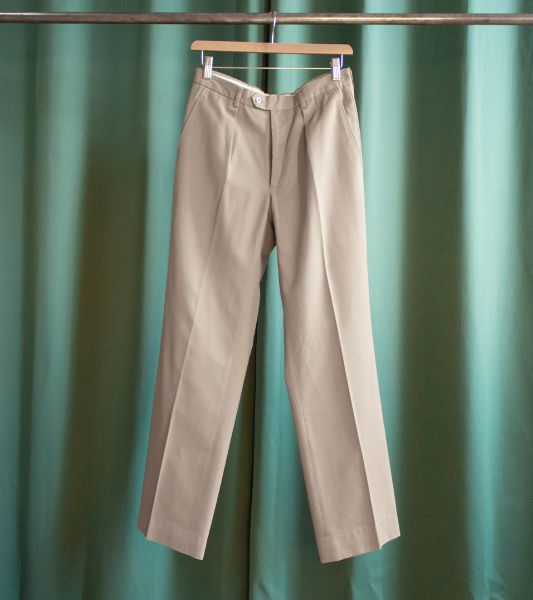 Vintage taupe beige military trousers with pleats