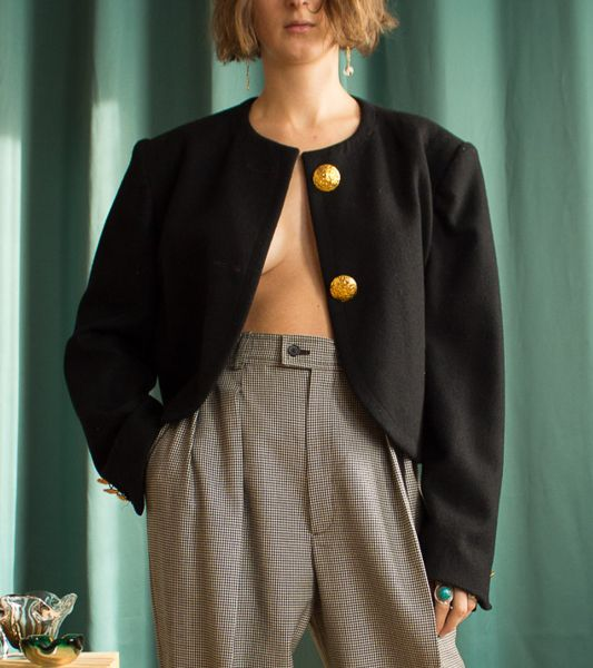 Guy Laroche vintage short wool jacket with big golden buttons