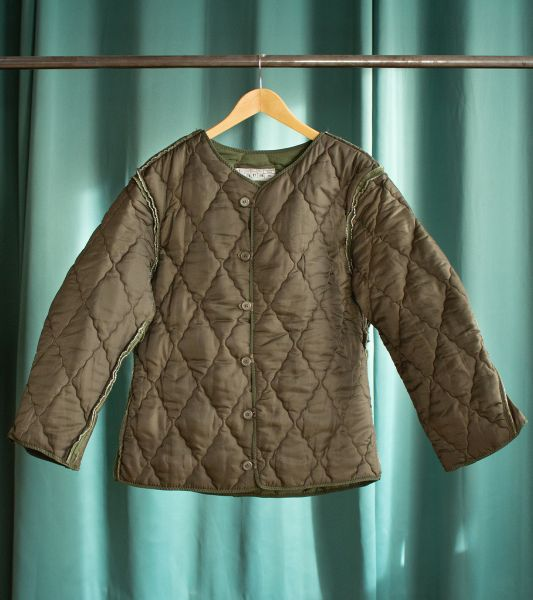 Reversible vintage quilted military liner