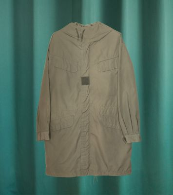 Vintage French army olive green parka Paris 1976